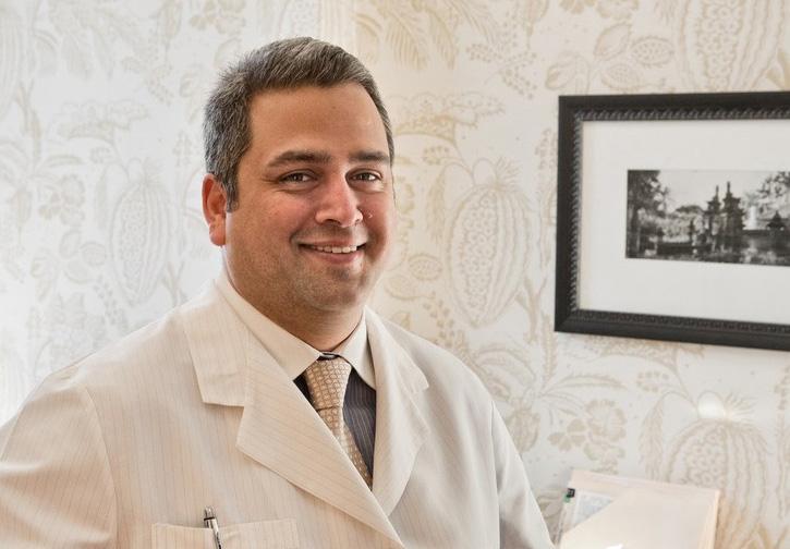 Dr. Peter Juriansz
